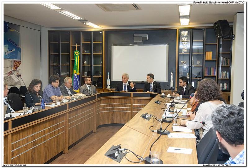 Profª. Dra. Ana Paula Fernandes Do CT Vacinas Participou Da Reunião Do MCTIC Que Mobilizou Instituições Em Resposta Ao Coronavírus.